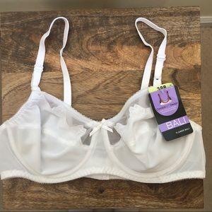 1fc8483e92 bali Intimates   Sleepwear - Bali white comfort U flower underwire bra